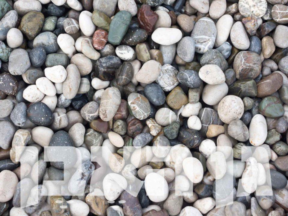 חלוקי_חוף