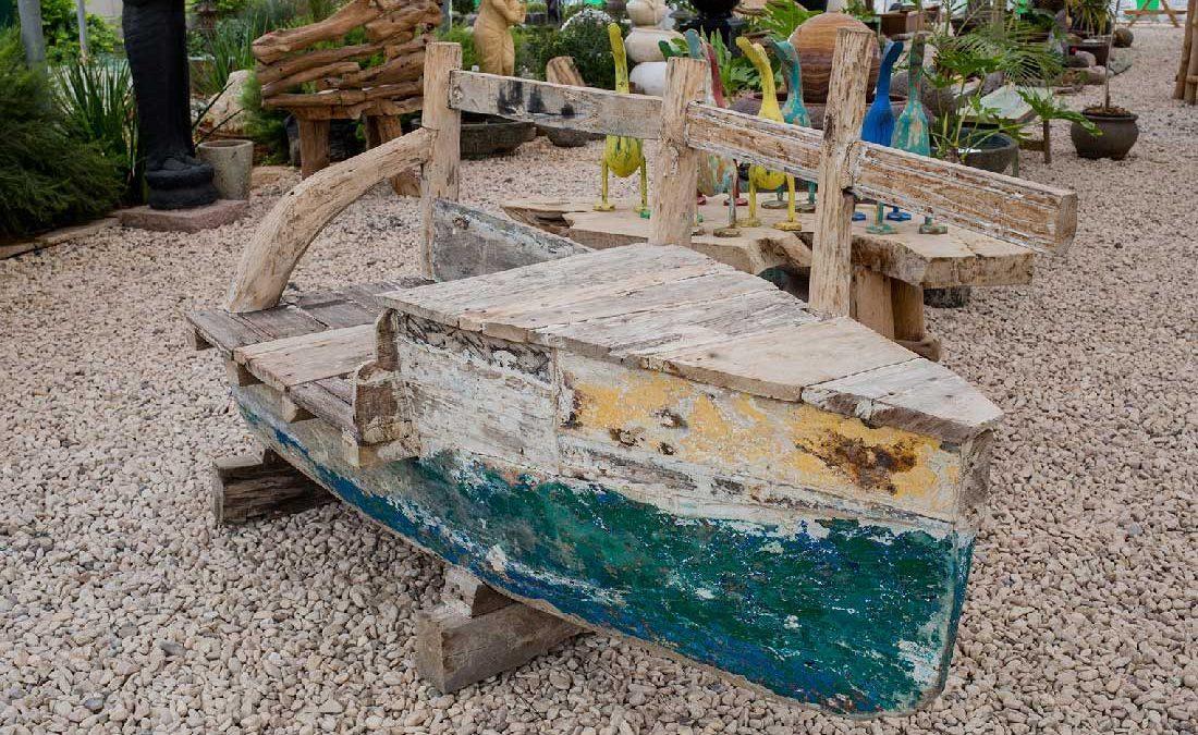 ספסל מגוף של סירת דייגים אותנטית