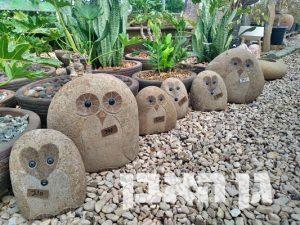 חיות מפוסלות מאבן